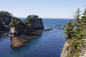 Pacific Ocean surrounds an islet